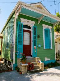 green shotgun house in new orleans new orleans pinterest
