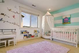 deco pour chambre bébé stickers chambre bébé fille pour une déco murale originale