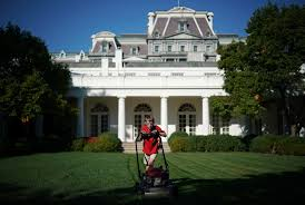 White House Renovation 2017 by 11 Year Old Gets His Wish Mows Lawn At White House Myfox8 Com
