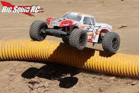 rc monster truck videos ecx amp mt rtr monster truck review big squid rc u2013 news reviews