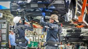 bmw car plant drunken bmw workers disrupt car production business dw 20 03
