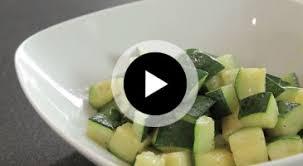 comment cuisiner la courgette tour de comment cuire une courgette à la poêle