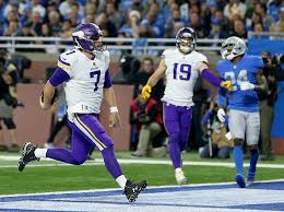 vikings hold lions to win 30 23 on thanksgiving day kfan fm
