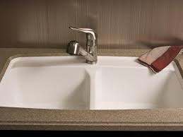 Corian Moulded Sinks by Kitchen Solid Surface Kitchen Countertop Hgtv 14054196 Kitchen
