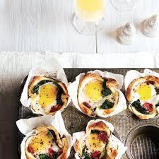 quoi cuisiner avec des oeufs œufs aux épinards en coupelles de châtelaine