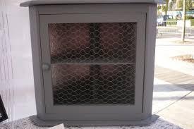 grillage a poule pour meuble petit meuble grillage poule buffet deux corps gris clair et