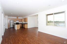 lake lochwood apartments lakewood co apartment finder