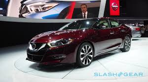 new nissan maxima interior 2016 nissan maxima resets the meaning of a 4 door sports car