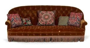 canapé haut dossier canapé à haut dossier entièrement garni à capitons de velours de soie