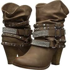womens boots dsw best 25 dsw shoes ideas on flat sandals black flat