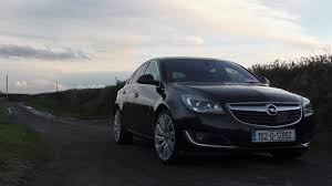opel insignia 2017 white opel insignia 2 0 litre 170bhp review changing lanes