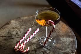christmas martini glass christmas through a martini glass 44 wallpapers u2013 foto city