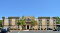 Closest Comfort Inn Days Inn Hartford Closest Downtown Tourist Class Hartford Ct