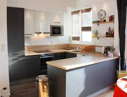 cuisine plan travail bois univers cuisine noir laque plan de travail bois