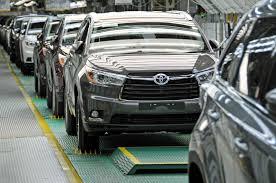 toyota amerika toyota amerika catat rekor produksi 2 juta unit kendaraan di 2015