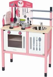 janod maxi cuisine chic cuisinière en bois janod cuisine en bois avec accessoires achat