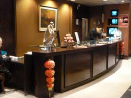 Executive Reception Desk Executive Airport Plaza Hotel Vancouver Airport Hotels Yvr