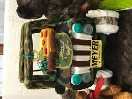 close up of camo jeep diaper cake so everyone is getting