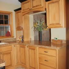 Cabinets Crown Molding Astounding Brown Oak Wood Crown Molding For Kitchen Cabinets With