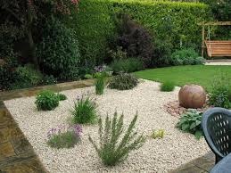 gravel landscaping ideas on bodget pea gravel landscaping ideas