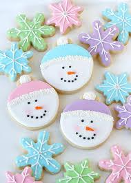 decorated christmas cookies remeslá vianočná výzdoba a