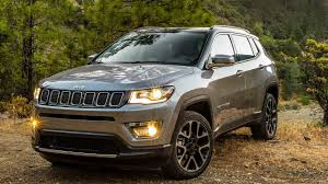jeep compass 2017 jeep compass recieves a warm welcome in indian market with 10k