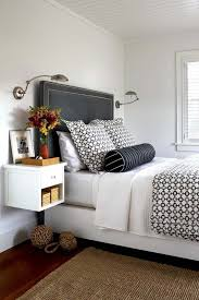 Wall Hung Headboard by Best 25 Wall Mounted Bedside Table Ideas On Pinterest Wall