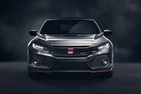 a few minutes with the 2018 honda civic type r u0027s lead exterior