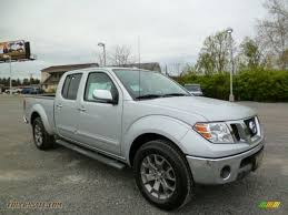 nissan frontier king cab 4x4 2014 nissan frontier sl crew cab 4x4 in brilliant silver 744244