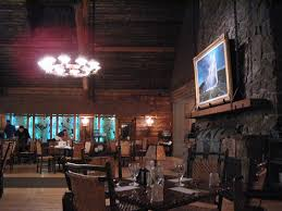 old faithful inn dining room u0026 bear pit lounge yellowstone