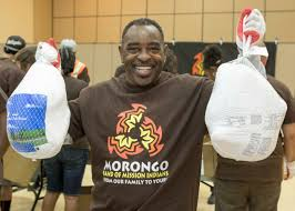 thanksgiving dinner los angeles morongo u0027s annual turkey giveaway provides over 200 000