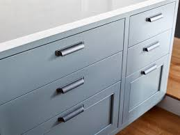 thin black kitchen cabinet handles how to mix and match your kitchen cabinet hardware