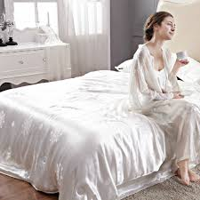 White Silk Bedding Sets 23 Mm Seamless Heavy Beige Chagne White Color 100 Mulberry
