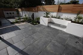 Slate Patio Pavers Blue Black Slate Paving In A Contemporary Garden Looks