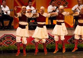 traditional costumes of macedonia