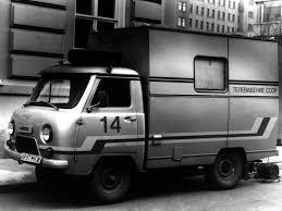 uaz 452 uaz 452 als chuck norris een auto was autoblog nl