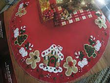 bucilla felt applique gingerbread house tree skirt 85133