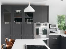 what color paint goes with brown kitchen cabinets 21 ways to style gray kitchen cabinets