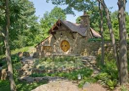 real hobbit house a replica of bilbo baggins hobbit house and more links