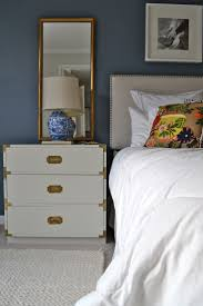 Small Bedroom Side Table Ideas Best 25 Mirror Behind Nightstand Ideas Only On Pinterest Small