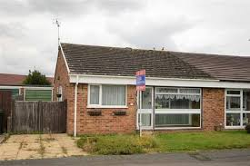 2 Bedroom Houses To Rent In Gillingham Kent Search Bungalows To Rent In Kent Onthemarket