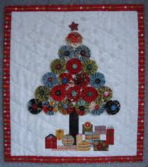 jovial christmas tree wall hanging moda bake shop