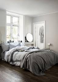 Bedroom Windows Decorating Best 25 Bed Under Windows Ideas On Pinterest Teenage Bedroom