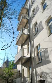 freitragende balkone balkone lausitzer str stahlblau