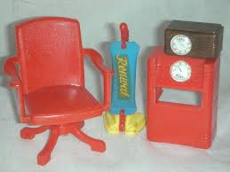 vintage renwal doll furniture with vacum from