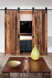 Diy Interior Barn Door by Decor U0026 Tips Coffee Table And Sisal Area Rug With Wood Flooring