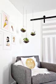 Wall Decor For Bedroom by Best 25 Hanging Terrarium Ideas On Pinterest Copper Decor