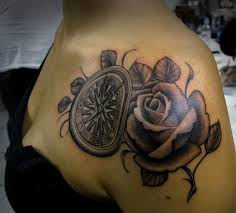 nice shoulder tattoos compass tattoos and designs page 43