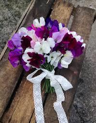 wedding flowers july july seasonal wedding flowers sweet pea bouquet