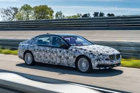 cars bmw 2016 2016 bmw 7 series will park itself with no one in the car
